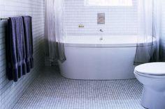 Best (27+) Small Bathroom Decor Ideas with Photo Galery 2018  Tags: #BathroomDecor, #BathroomStorage, #SmallBathroomDecor, #SmallBathroomStorage, #BathroomTileIdeas, #ShowerIdeasBathroom, #BathroomRemodelSmall, #SmallMasterBathroom, #smallBathroomIdeasPhotoGallery, #smallBathroomDecoratingIdeas, #smallBathroomIdeasOnABudget, #bathroomDecoratingIdeasOnABudget, #smallBathroomIdeas20OfTheBest, #smallBathroomLayout, #smallBathroomFloorPlans