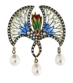 Winged flower with diamonds and pearls brooch