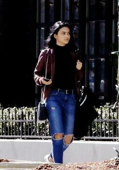 Lodge Style, Camilla Mendes, Riverdale Veronica, Style Inspiration, Queen,  Riverdale Cast, Tv, Model, Dress