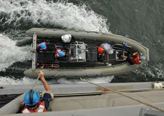 ATLANTIC OCEAN (May 11, 2011) Boatswain's mates recover a rigid-hull inflatable boat aboard the guided-missile frigate USS Thach (FFG 43). Thach is deployed supporting Southern Seas 2011. (U.S. Navy photo by Mass Communication Specialist 3rd Class St   Build Your Own Boat