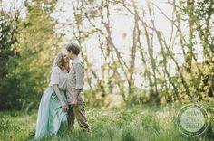 http://dreameyestudio.pl/#dreameyestudio #kiss #ngagementsession #love #couplephotosession #photography #outdoorsession #fallinlove