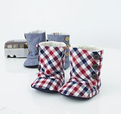 93 Baby 3 Button Boots Paper Pattern (Sizes 2,3,4) - ithinksew.com