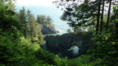 This natural bridge on the Oregon Coast is one of the most beautiful places you can explore while visiting Oregon.