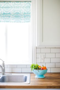 fabric Roman Shade tutorial, butcher block counter, subway tile, love her style!