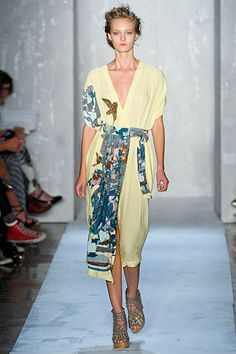 Suno - such lovely subdued colors for spring