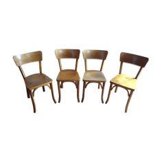 Ces 4 véritables chaises de bistrot estampillées Baumann vous attendaient depuis des années, bien rangées dans une ancienne bâtisse du Haut-Doubs près de Pontarlier, à deux pas de Colombier-Fontaine où se trouvait la célèbre fabrique de la famille Baumann. Elles sont en très bon état, robustes et très stables pour leur âge. Un bel ensemble à ne pas manquer... - bois (Matériau) - bois (Couleur) - bon état - vintage