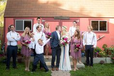 intimate backyard wedding in Malibu - photo by Zoom Theory http://ruffledblog.com/intimate-backyard-wedding-in-malibu