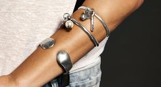 http://us.unode50.com/en/collections/charms