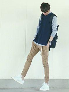 お疲れ様です! 見ていただきありがとうございます 前回にもいいね、save フォローなど 本当 Korean Fashion Men, Japanese Street Fashion, Asian Fashion, Boy Fashion, Mens Fashion, Fashion Outfits, Outfit Grid, Male Poses, Guy Pictures