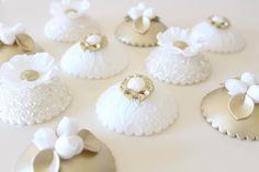 Making cupcake toppers... #weddingcake #weddingcakeprep #cupcakes #cupcaketoppers #weddingcupcakes #gold #champagne #northeastweddings #designercakecompany