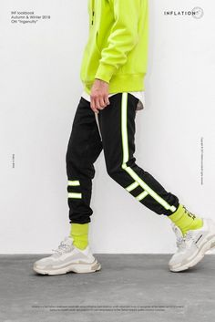 Detalles acerca de Adidas Chándal Completo Para Hombre Cremallera Pantalones Deportivos Top 3 Rayas Rojas Talla S XXL mostrar título original