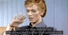 34 Perfect David Bowie GIFs For Every Occasion When you're happy with your choices, thanks. Freddie Mercury, Galileo Galileo, Moonage Daydream, David Bowie Ziggy, Major Tom, Life On Mars, Ziggy Stardust, My Chemical Romance, Playing Guitar