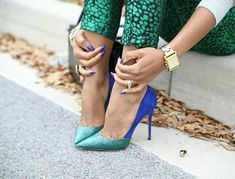 high heels – High Heels Daily Heels, stilettos and women's Shoes Christian Louboutin, Stilettos, Boho Mode, Shoe Boots, Shoe Bag, Shoes Heels, Stiletto Shoes, Gold Heels, Sexy Heels