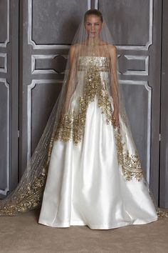 golden veil by Carolina Herrera - this veil is magical~! Bella Wedding Dress  2bdc23f8c9c6