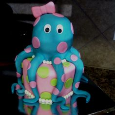 Baby Octopus Cake!!! By: Matthew and Taylor Dyer. Love that my friend made this. He is so talented!