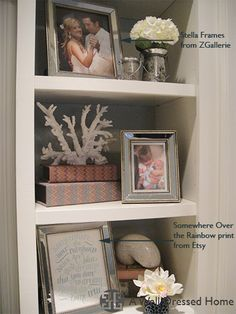nice arrangement for any shelf space. great interior design blog!