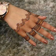 We bring you this curated list of new and trendy arabic mehendi designs that is sure to brim you with inspiration. These latest mehndi patterns are sure to make you grab all the attention at any event you attend so, be ready to stay in the spotlight. Henna Hand Designs, Eid Mehndi Designs, Latest Arabic Mehndi Designs, Stylish Mehndi Designs, Mehndi Designs For Girls, Mehndi Design Pictures, Wedding Mehndi Designs, Henna Tattoo Designs, Beautiful Henna Designs