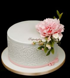 Small birthday cake with peony and sweet pea
