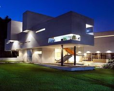 The architectural firm RP Arquitectos designed Briones House - a modern concrete house in Mexico. The house is located in a wooded area in Xalapa and has two Precast Concrete, Concrete Houses, Autocad, Style At Home, Hut House, Magazine Deco, Boutique Deco, Cottage, Architect House
