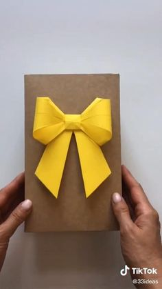 Origami. Yellow section. ONEMIX Cool Paper Crafts, Paper Flowers Craft, Paper Crafts Origami, Origami Art, Diy Paper, Diy Crafts Hacks, Diy Crafts For Gifts, Diy Arts And Crafts, Creative Crafts