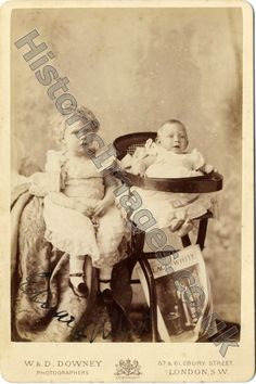 A sepia photograph of Edward (later Edward VIII) and Albert (later George VI) One of a collection of photographs in an album. Queen Victoria Descendants, Edward Viii, British Royal Families, Queen Mary, King George, British Royals, Vintage Children, American History, Family Photos