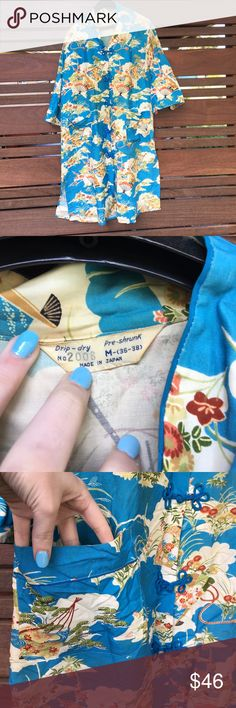 1940s Japanese house coat size medium Folding fan detail. Has pockets. No rips or holes. Vintage Other