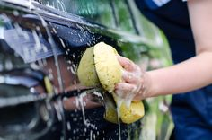 Best and Worst Times to Wash Your Car Car Wash Mitt, Car Wash Soap, Clean Your Car, Help The Environment, Car Hacks, Car Cleaning, Car Detailing, Canning, Ethnic Recipes