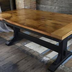 Trestle Dining Tables, Dining Room Table, Barnwood Dining Table, Diy Furniture Plans, Woodworking Furniture, Diy Woodworking, Hardwood Table, Solid Wood Table, Walnut Table