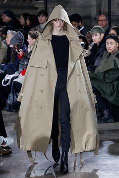 Juun J Paris Menswear Fall Winter 2017 January 2017 Fashion Week, Fashion 2017, Paris Fashion, Winter Fashion, Fashion Show, Womens Fashion, Fashion Design, Fashion Trends, Guy Fashion