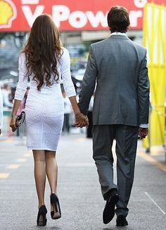 Jessica Michibata & Jenson Button   White boat neck dress with navy peep toe pumps
