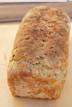 Im Winter essen wir weniger Brot als im Sommer, dementsprechend muss darf ich weniger Brot backen. In letzter Zeit war ich, was das Brotbacken betrifft, sowieso etwas unmotiviert. Meistens habe...