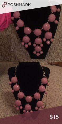 Charming Charlie Bubble Necklace in Pink Charming Charlie Bubble Necklace in Pink Charming Charlie Jewelry Necklaces