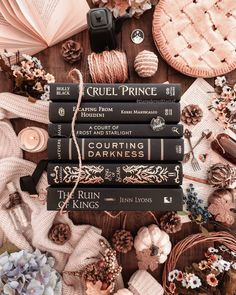 """Melissa 📖🐍 & Isabel 🍰🐦 on Instagram: """"What book do you plan to finish this weekend?! 😍📚 . Isabel is planning to finish King of Scars but so far she is LOVING it! 😍 Which makes…"""""""
