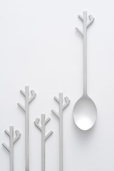 forest-spoon2011.01 for Ichibanya Our design for the Japan-wide curry chain restaurant Coco Ichibanya's annual 'Grandmother Curry' campaign, in which 100,000 lucky customers win curry spoons through a lottery. Spoons are a tool for eating, and our world is full of spoons designed for that function.