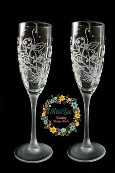 Hey, I found this really awesome Etsy listing at https://www.etsy.com/listing/250255195/winter-wedding-champagne-glasses-hand