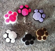 Ravelry: Kawaii Paw Cat pattern by Daniela Orlandi                                                                                                                                                      More