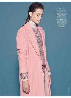 Romantic, flowers and pinkie, è il pullover misto lana OVS indossato da Chiara Pavan su @marieclaireita     #OVS #OVSpressclipping #marieclaireita