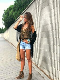 Boho Look, Denim Skirt, Skirts, Fashion, Moda, Fashion Styles, Skirt, Fashion Illustrations