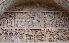 haut relief de l'église de la ville de Conques. Sainte Foy De Conques, Apocalypse, Sculptures, Lion Sculpture, Romanesque Architecture, Medieval, Tower, Statue, Building