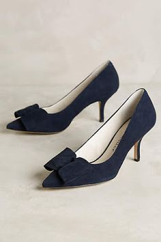 Anthropologie Favorites: December New Arrival Shoes Casual Fashion Trends, Fashion Ideas, Fashion Inspiration, Holiday Fashion, Holiday Style, Women's Fashion, Lit Shoes, Black Suede Pumps, Vintage Shoes