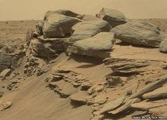 Curiosity image of rocks
