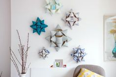 make giant paper rosette wall decorations