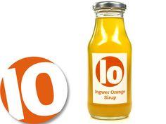 Ingwer-Orange Sirup, fruchtig scharfer Sirup  si&rup. Dieser Sirup schmeckt herrlich erfrischend. Die milde Ingwer-Schärfe wird wunderbar ergänzt durch die fruchtig-liebliche Orangennote. Nur natürliche Zutaten, keine Farb- oder Aromastoffe. Vegan.