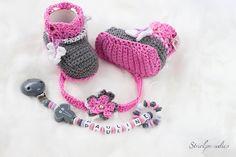 Schnullerketten - Geschenke-Sparset -Schnullerkette/Namensschuhe - ein Designerstück von Strickparadies-Original bei DaWanda