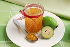 Feijoa Jem - one of the sweetest memories of childhood Pineapple Guava, Vegetables For Babies, Cooking Recipes, Healthy Recipes, Cooking Ideas, Fruit Gifts, Exotic Fruit, I Love Food, Fresh Fruit