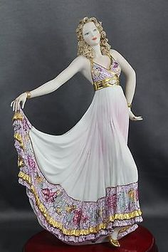 Exquisite Dancer by Vittorio Sabadin of Italy Capodimonte Porcelain.