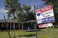 مبيعات المنازل القائمة : 5.69M الفعلي مقابل 5.54M المتوقع -  Reuters. مبيعات المنازل القائمة : 5.69M الفعلي مقابل 5.54M المتوقع #اخبار  بيانات صناعيه أظهرت يوم الأربعاء  أن مبيعات المنازل القائمة في الولايات المتحده ارتفع اكثر-من-المتوقع في الشهر السابق . في هاذا التقرير من الرابطة الوطنية للوسطاء العقارات قيل ان مبيعات المنازل القائمة ارتفع الى التعدل الموسمي وقدره 5.69M من 5.51M في الشهر الذي قبله الذي تغير رقمه و ارتفع من 5.49M. توقع خبراء المال بخصوص مبيعات المنازل القائمة ان يصعد الى…