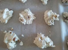 My grandmother's recipe. It's super easy and comes out creamy and delicious! Recipes Using Marshmallows, Marshmallow Desserts, Gluten Free Marshmallows, Marshmallow Cream, No Fail Divinity Recipe, Divinity Fudge, Divinity Candy, Sweets Recipes, Candy Recipes