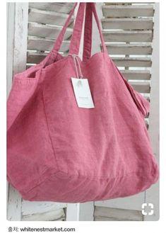 Diy inspiration >> Ana & Cuca Pink Linen Tote at White Nest Market! Big Tote Bags, Purses And Bags, Diy Sac, Linen Bag, Fabric Bags, Market Bag, Shopper Bag, Casual Bags, Cotton Bag