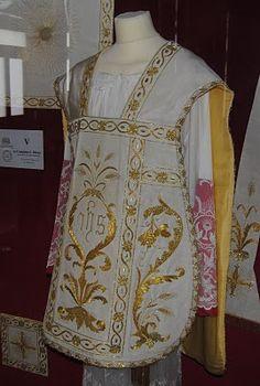 Orbis Catholicus Secundus: San Giovanni Rotondo: Padre Pio Vestments